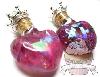 Sweet hearts necklace by ilikeshiniesfakery