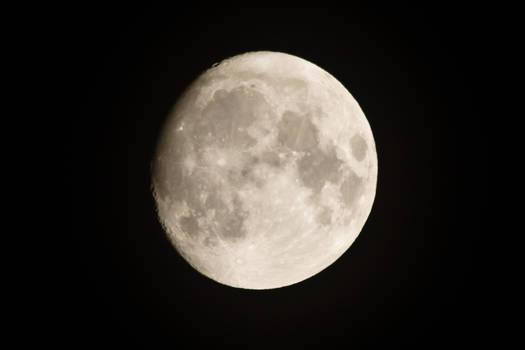 Yeah it's the Moon