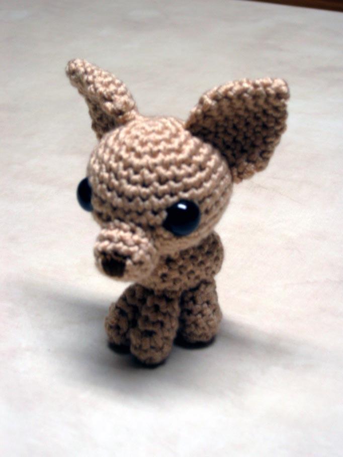 Teacup Chihuahua Crochet | Crochet cão, Urso de crochê, Padrões de ... | 909x682