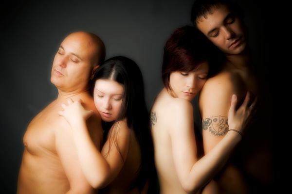 http://fc09.deviantart.net/fs42/i/2009/104/9/1/Tender_by_Stefpan.jpg