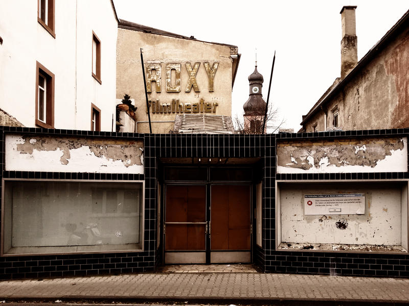 Lost Place Cinema by Schaedelkatze