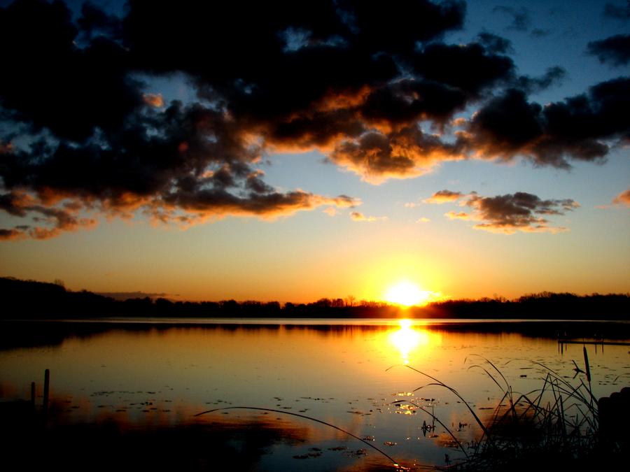 Sunrise 4 by AaronMk