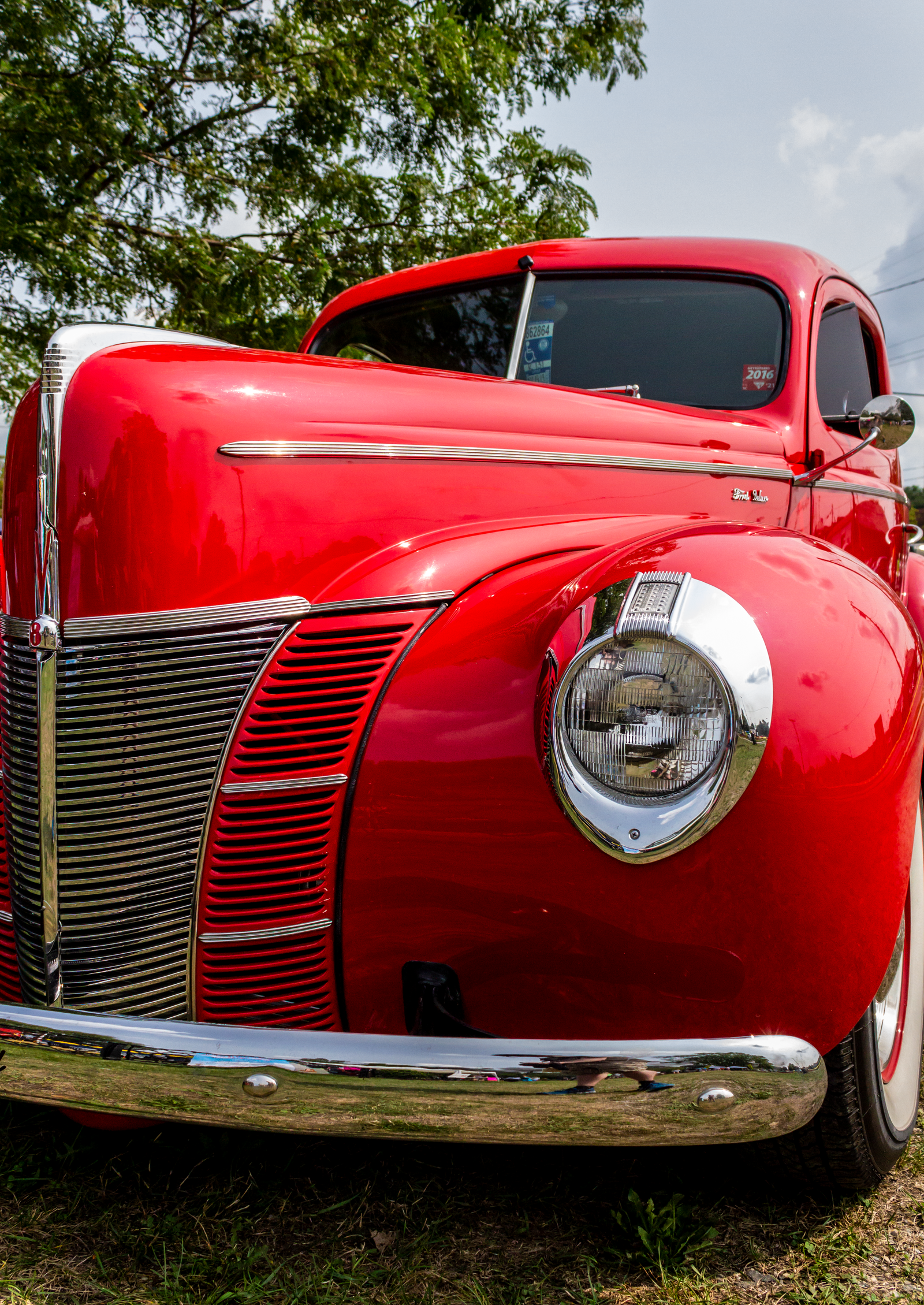 Ford Deluxe V8 by AaronMk