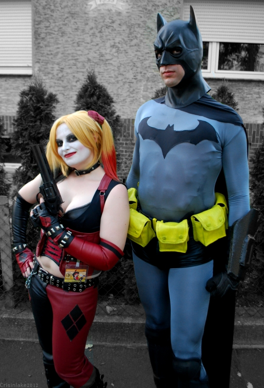 Batman and Harley Quinn by crisinlake