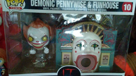 Pennywise Funhouse Pop by SSL13