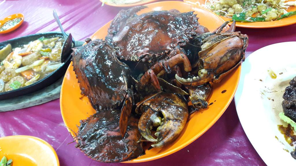 Black Paper Crabs!!!! XD by Deviljackies