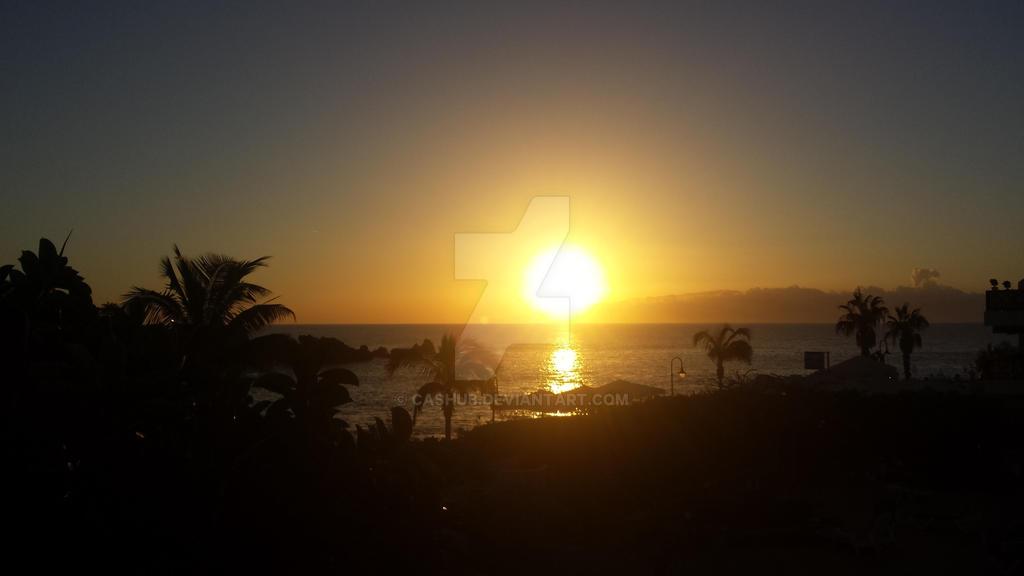Sunset by Cashub