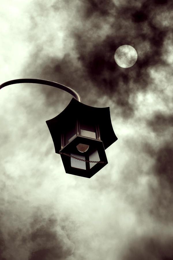 Lamp Post by SkinnyBoyz