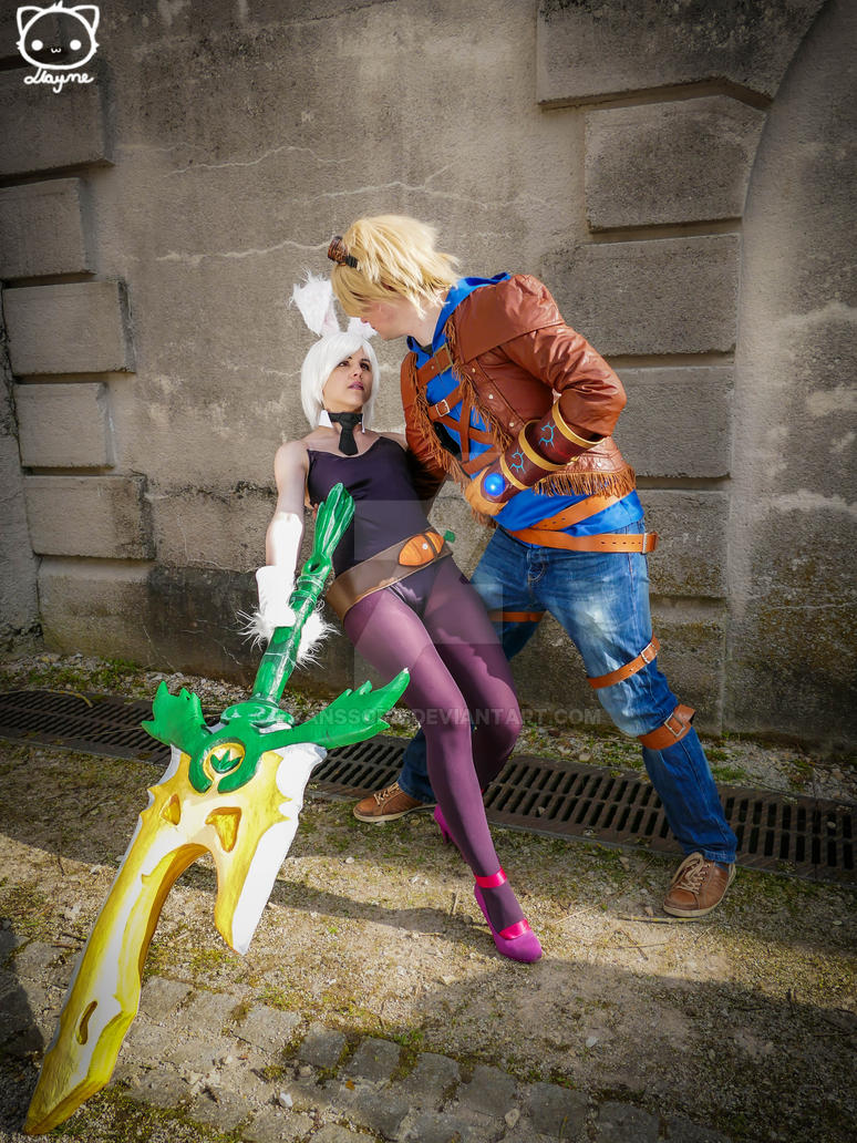 Ezreal carries - cosplay - League of Legends by EvansSora ...