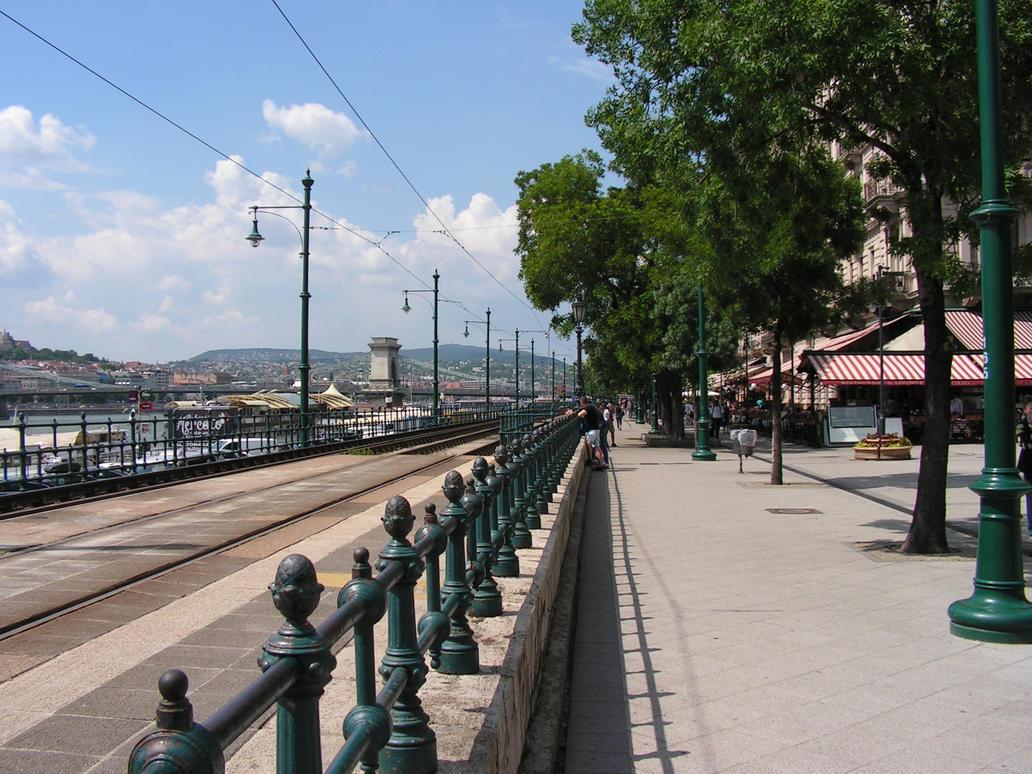 Budapest by Realszoc75