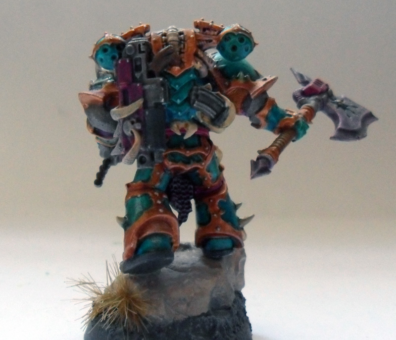 [Divers] Autres figurines : SMC, Eldars, Tyranides et non-GW Chaos_chosen_with_power_axe__back__by_magegahell-d5wta9u