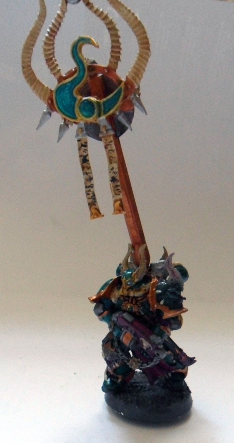 [Divers] Autres figurines : SMC, Eldars, Tyranides et non-GW Chaos_chosen_with_tzeentch_banner_by_magegahell-d5wtagt