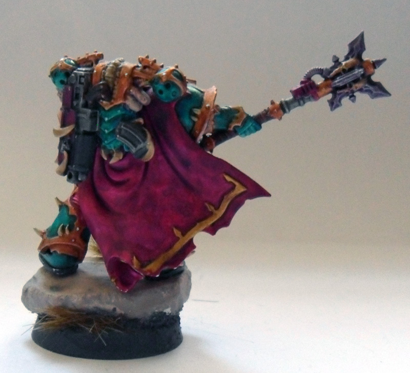 [Divers] Autres figurines : SMC, Eldars, Tyranides et non-GW Chaos_space_marine_chosen_with_power_mace__back__by_magegahell-d5wtbex