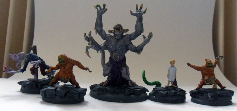 [Divers] Autres figurines : SMC, Eldars, Tyranides et non-GW The_dreamer_crew_by_magegahell-d62yrt1