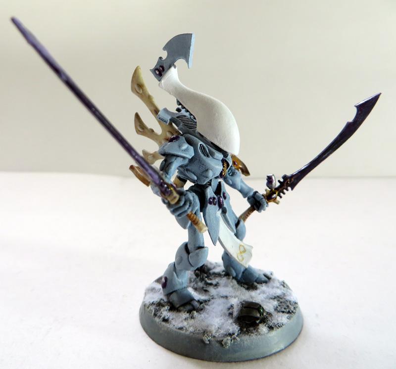 [Divers] Autres figurines : SMC, Eldars, Tyranides et non-GW Eldar_wraithblades_01__side_view__by_magegahell-d73mslf