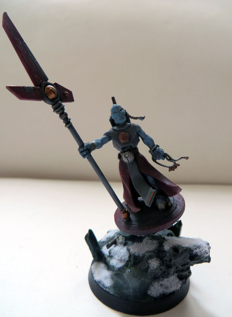 [Divers] Autres figurines : SMC, Eldars, Tyranides et non-GW Tau_ethereal_on_hover_drone_02__face_view__by_magegahell-d9u3brv