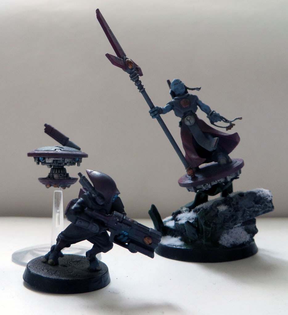 [Divers] Autres figurines : SMC, Eldars, Tyranides et non-GW For_the_tau_empire___by_magegahell-d9u3by5