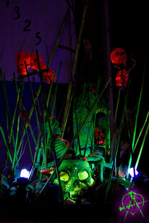 Black Light Skull Altar by Acid-PopTart