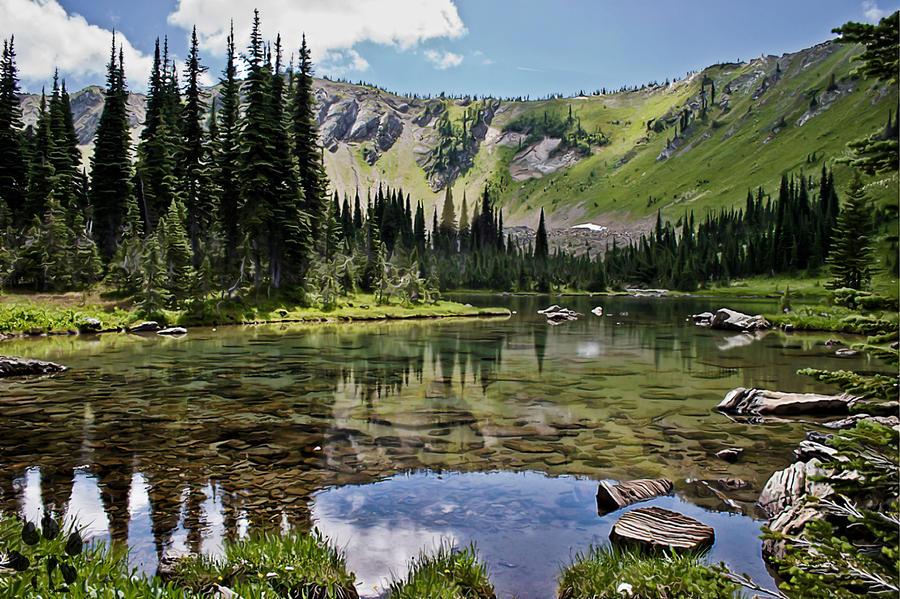 Hyper Resalism Lake by kiliokal