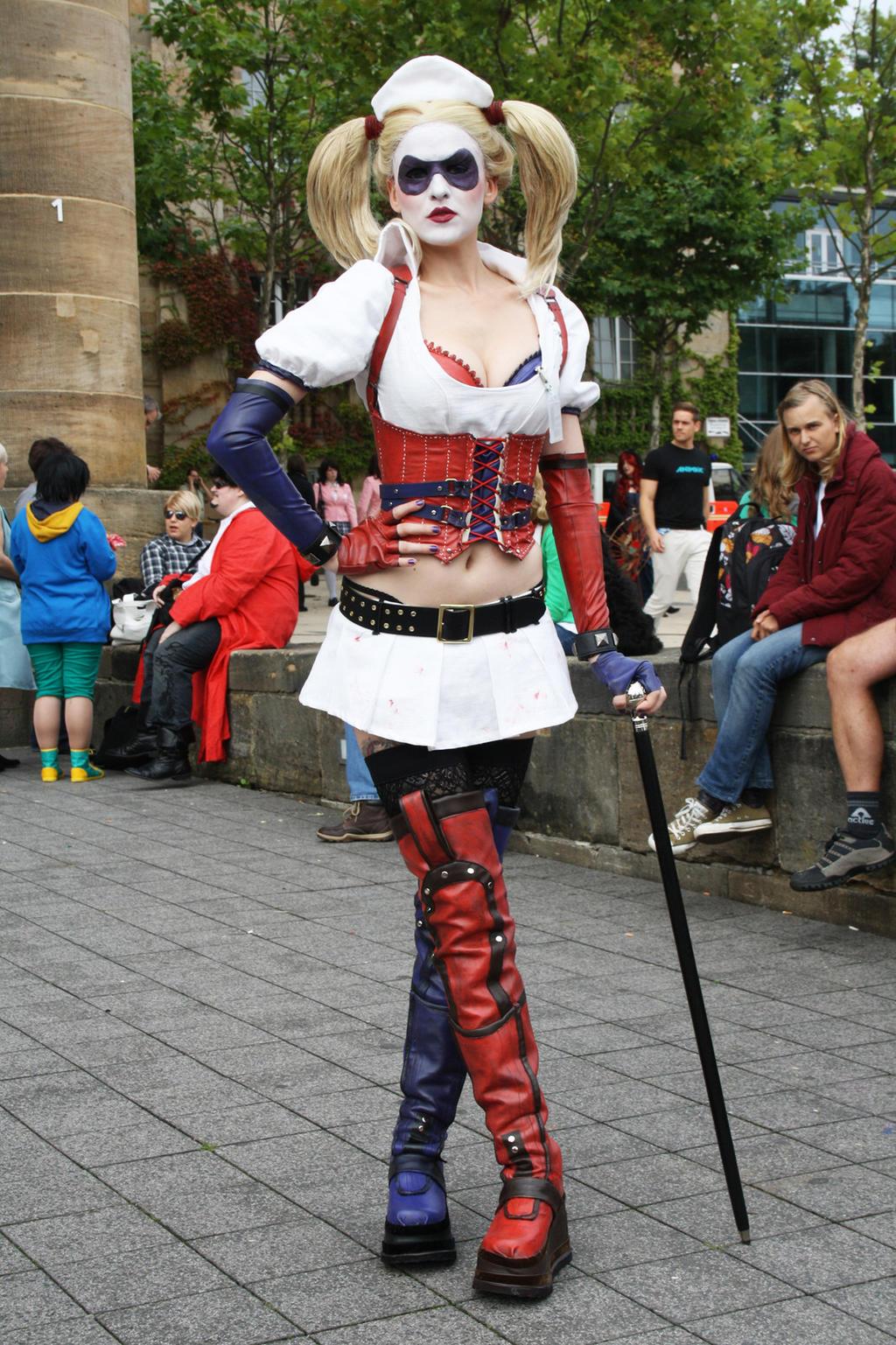 Harley Quinn here! by MadameSkunk