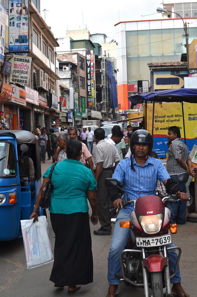 sl14 Pettah 1. Colombo. SL by jennystokes