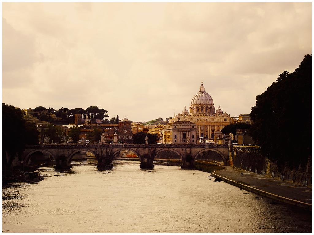 The Holy City by Vilyane