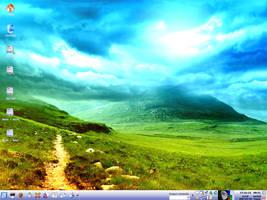 KDE Desktop 2007-07-23 by SLB81