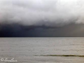 Le poids des nuages by DaLuce
