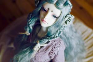 Queen Casual by reirakang