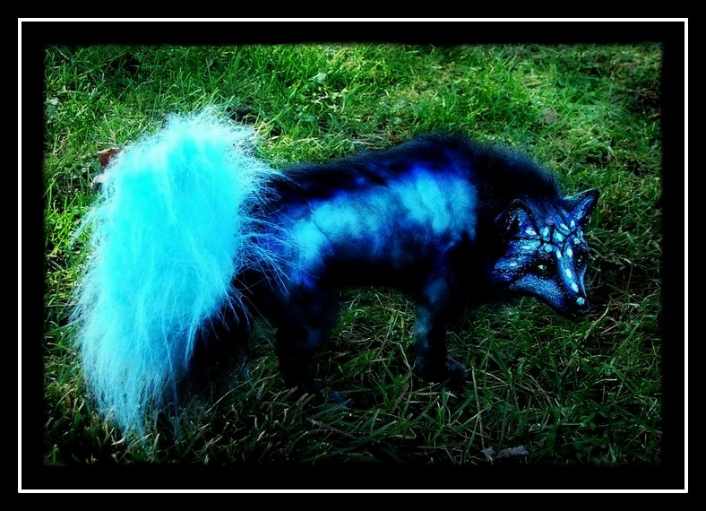 --SOLD-- Posable Moon Dust Wolf by Wood-Splitter-Lee