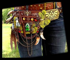 Hand Made Fantasy Zelda Belt Pack by Wood-Splitter-Lee