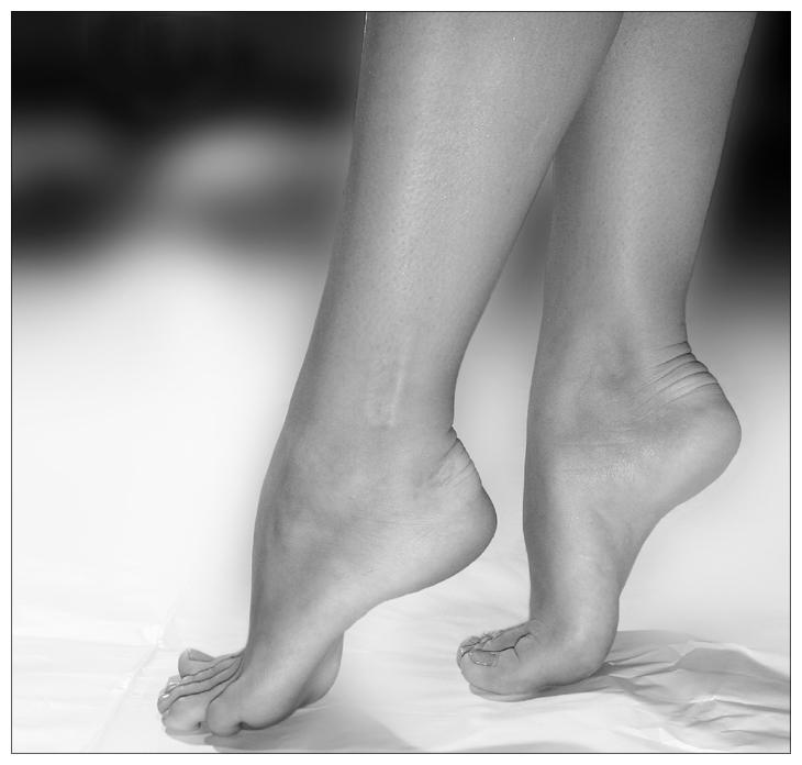 My feet tired from walking Ballerina__s_feet_2_by_leadbirdie