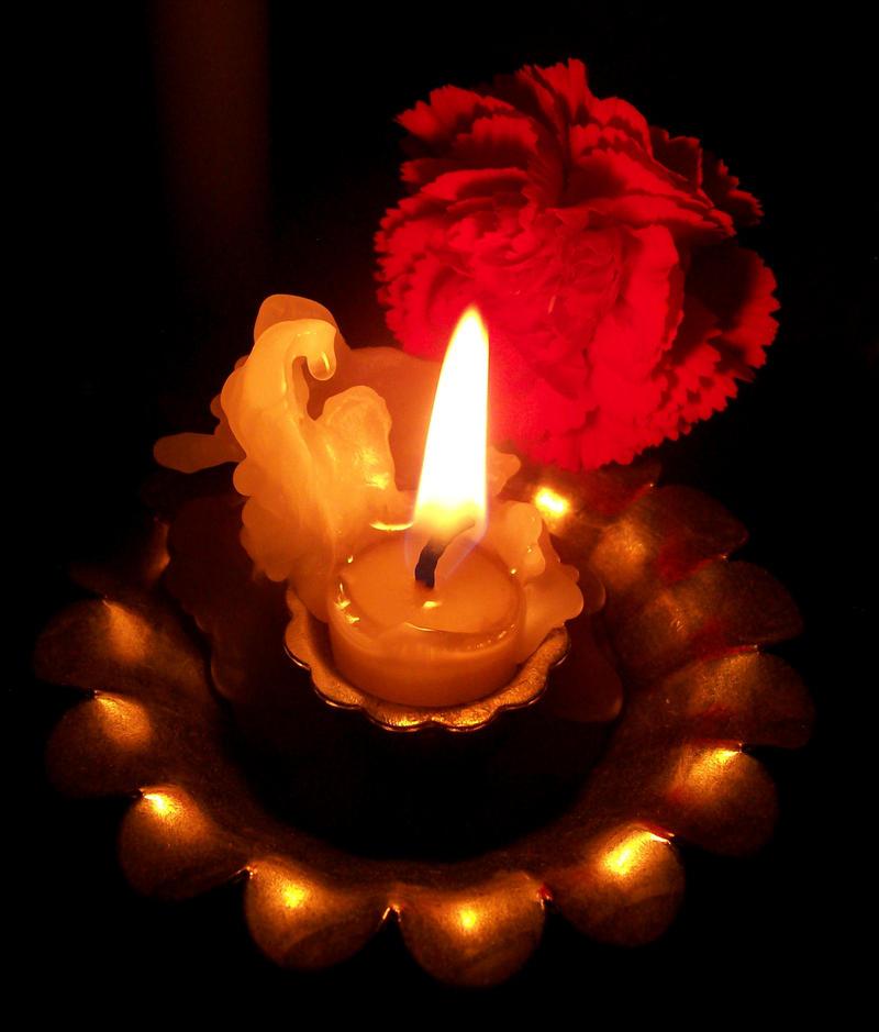 Plamen  svece Candle_5_by_shortbusartist