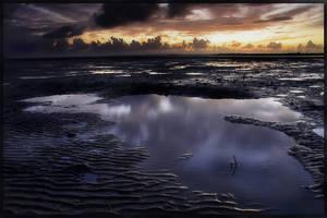 Wynnum Sunrise by newintenz