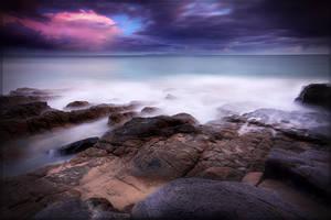 Purple Skies by newintenz