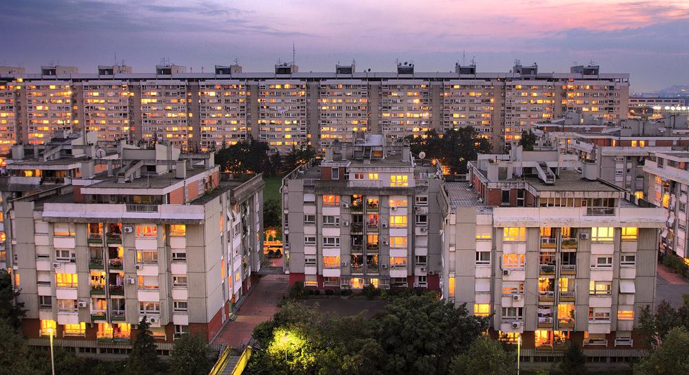 U Uuu 2013 >> Novi Beograd HDR by newintenz on DeviantArt