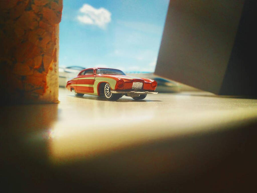 Little toy car story by DanDarvin