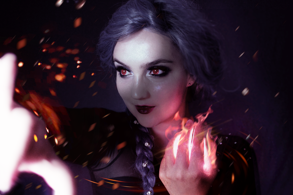 Evil Elsa by KlairedeLys