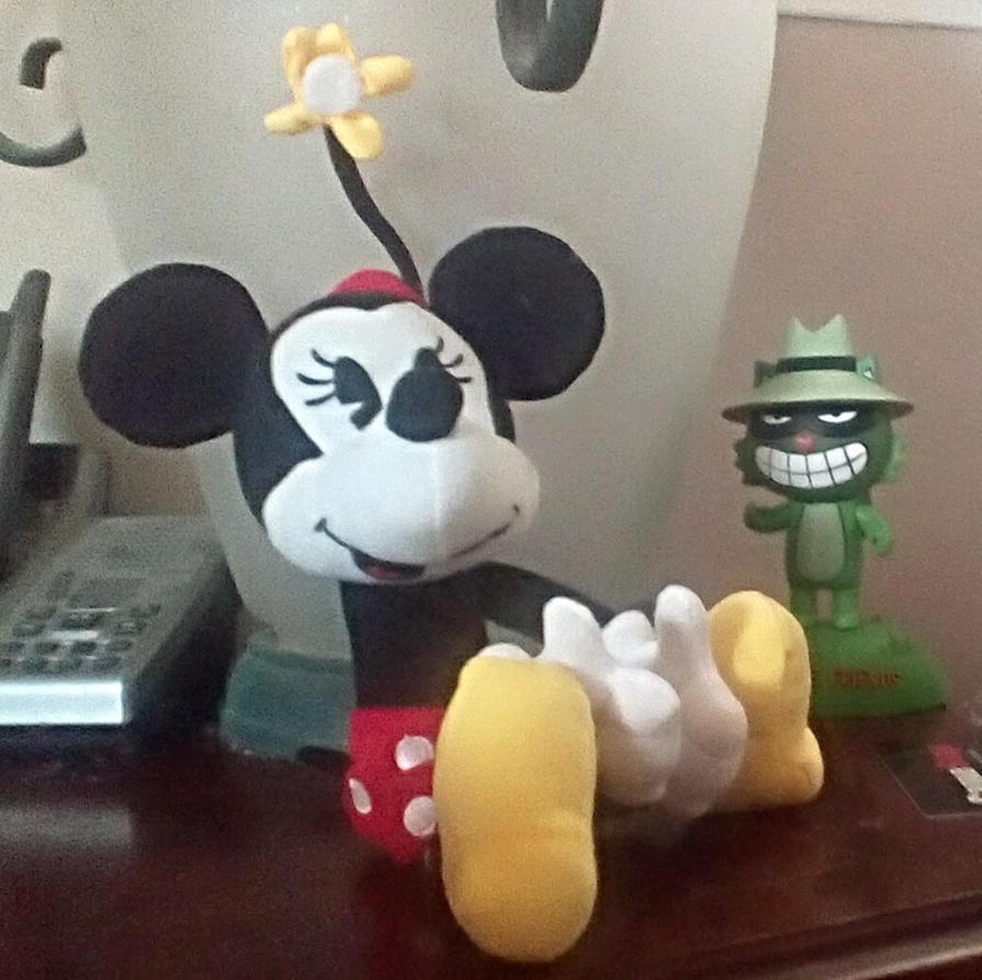 2013 Disney Shorts Minnie Mouse Plush by SquirrelCat1998V2