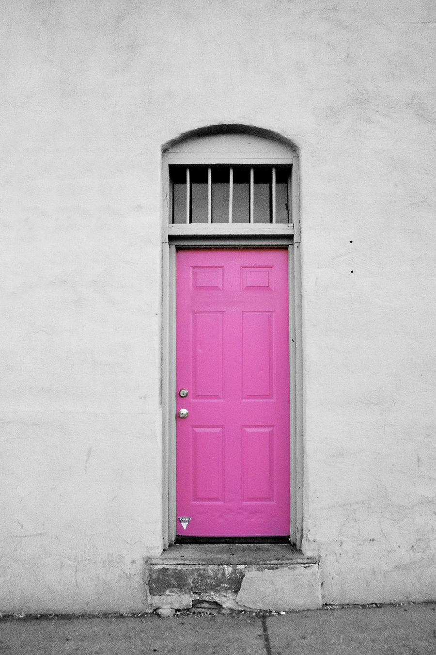 The Pink Door by AStaticPhotograph on DeviantArt hL2fi7un