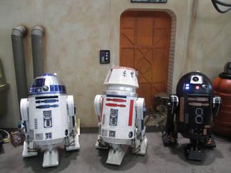 StarWars Droids R2-D2 R5-D4 C2-B5