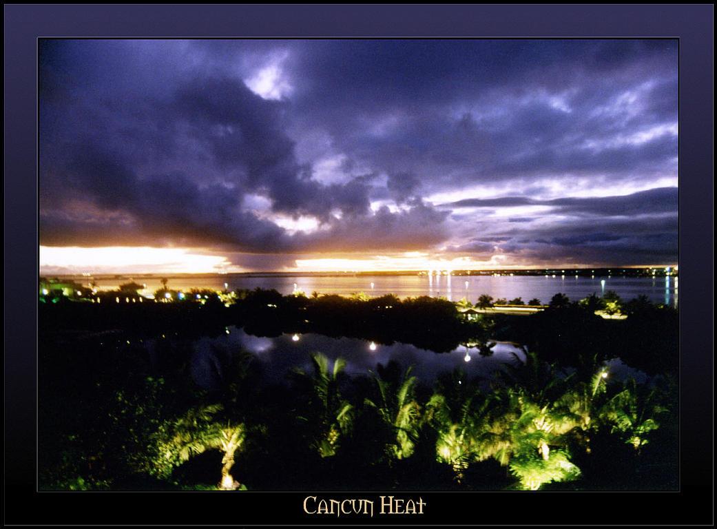 Cancun Heat by raistlin306