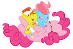Pinkie Pie Babysitting the Cakes