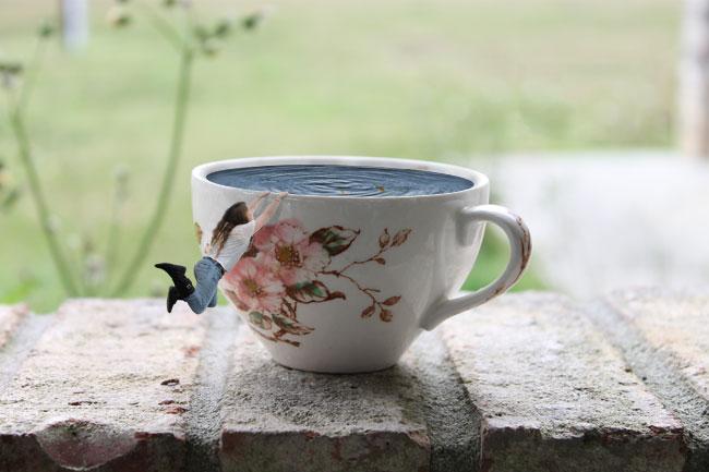 najromanticnija soljica za kafu...caj - Page 6 Hanging_at_the_tea_party__by_dearnostalgia-d4sl5x7