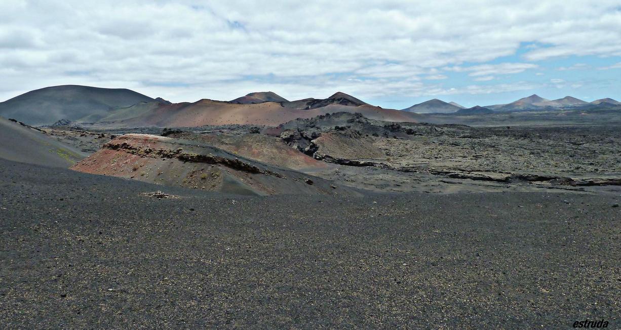 volcanic landscape  2 by Estruda