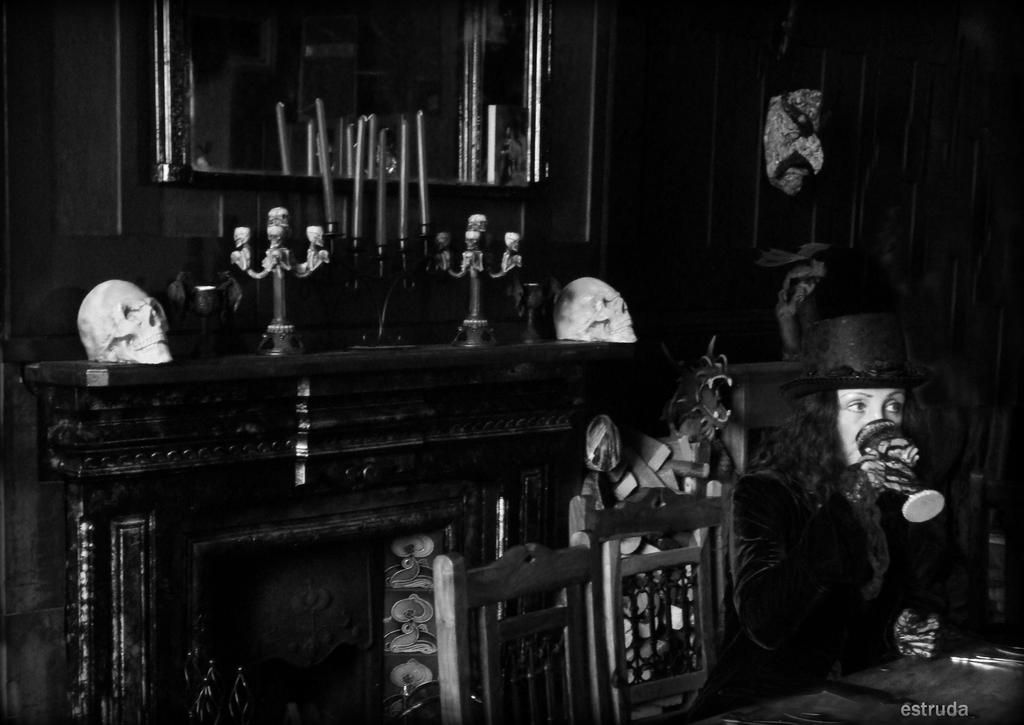 Count Dracula's Guest by Estruda