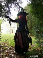 Victorian witch by Estruda