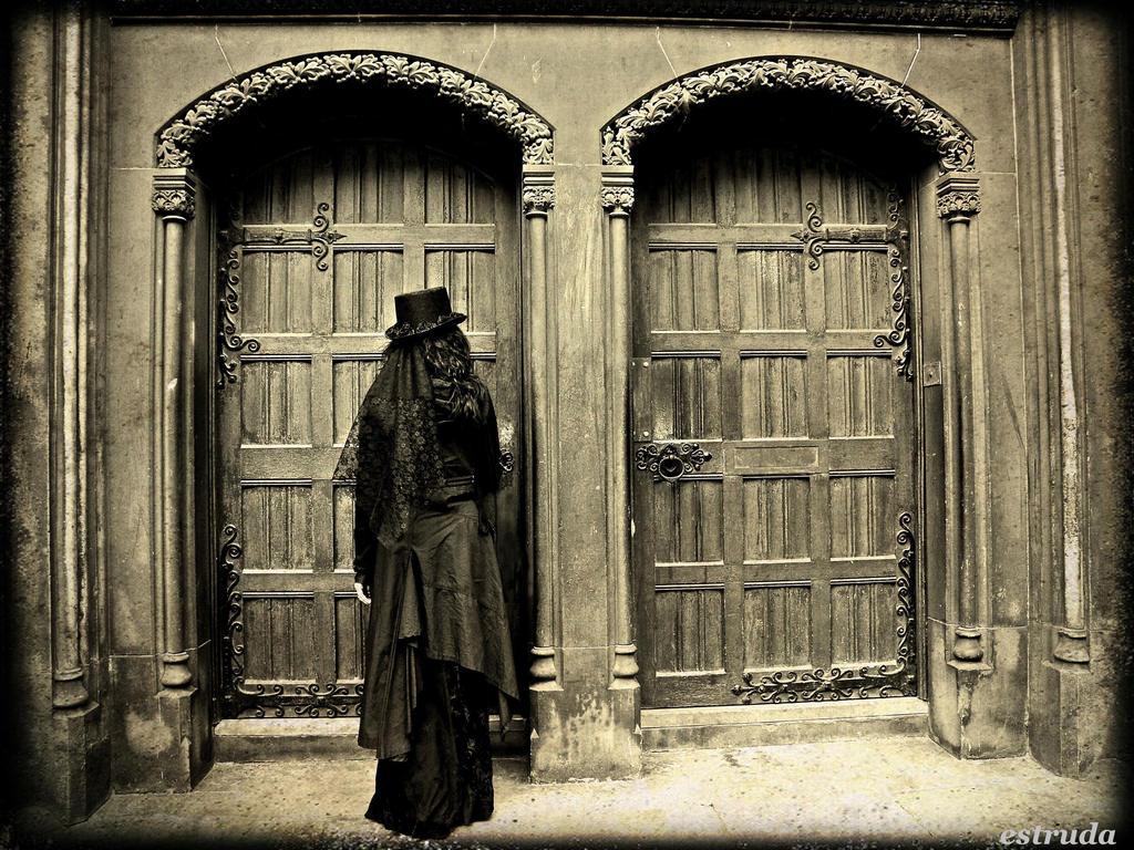 The Doors by Estruda