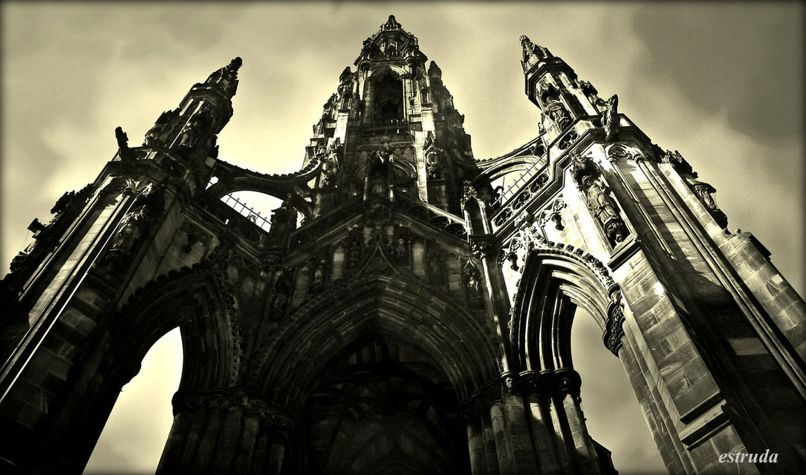 Sir walter Scott Memorial by Estruda