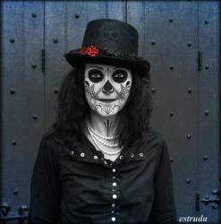 Death Mask by Estruda